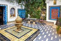 Curtea unei case in Sidi Bou Said-orasul artistilor