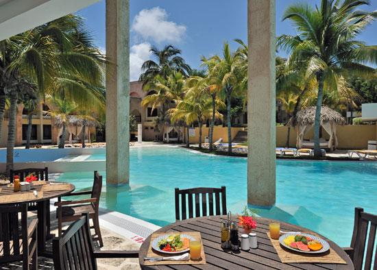 Hotel melia las americas oferte de vacanta in cuba 2018 for Alberca las americas